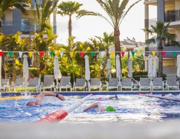 Zafiro Palace Pool